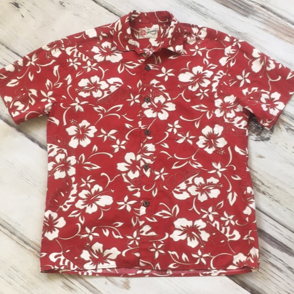 8e6de0567c Hilo Hattie Hawaiian shirt red white floral medium